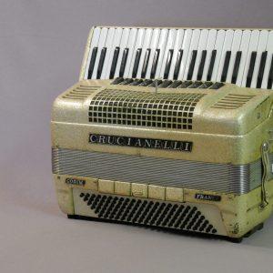 piano double boîte