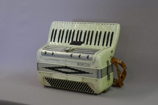 piano leger 120b